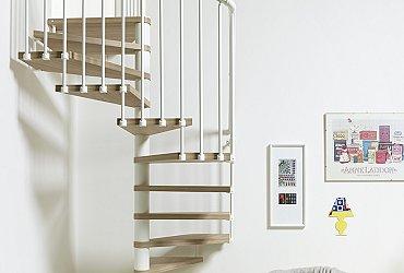 Scale circolari a chiocciola installazione e progettazione for Piani di costruzione di storage rv gratuiti